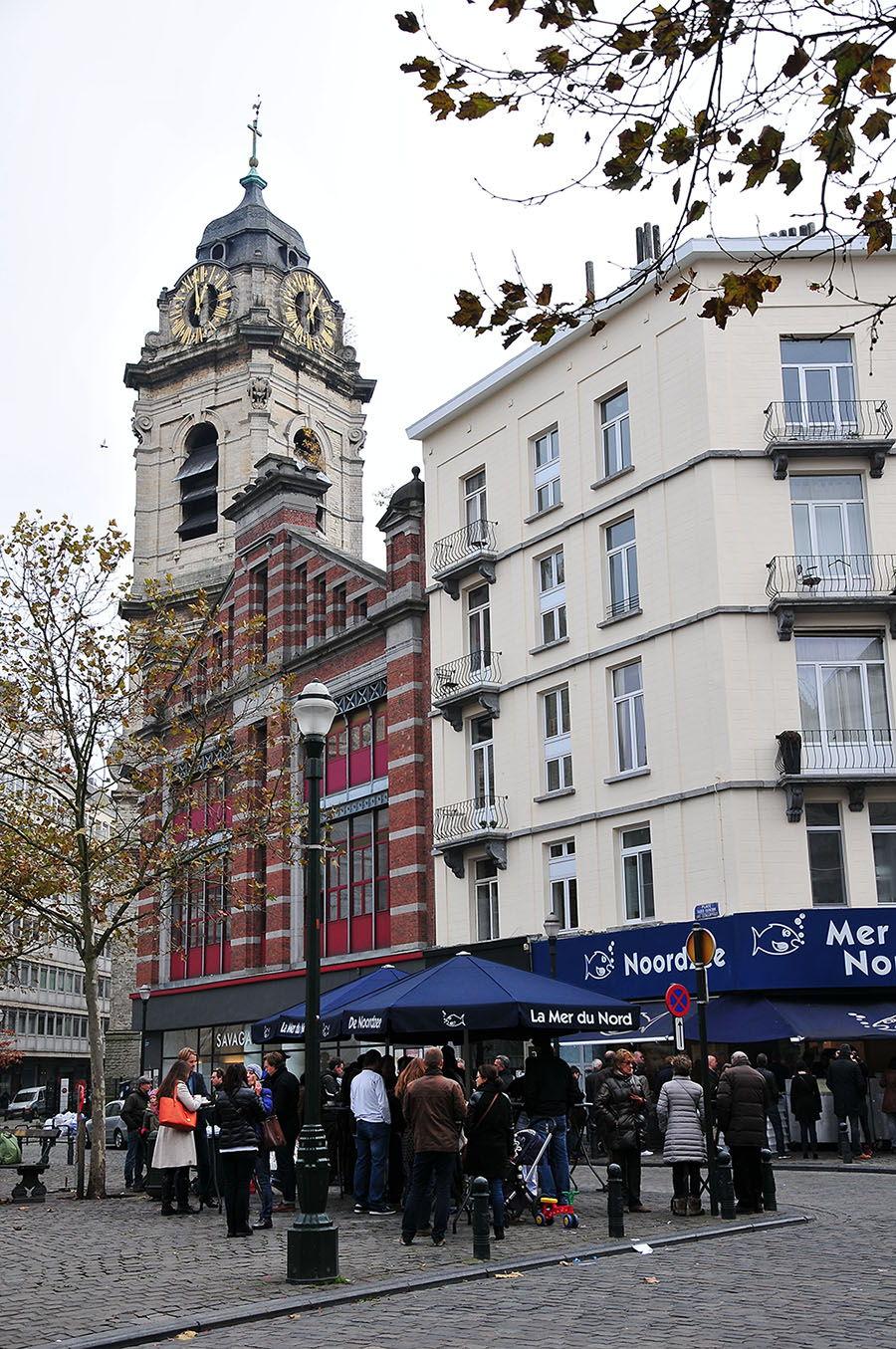 Les étals de Nordzee, une véritable institution à Bruxelles, située au coin de la place Sainte-Catherine...