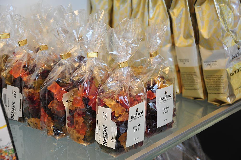 Ours gélifiés allemands, dont le goût serait incomparable à celui des bonbons industriels^^