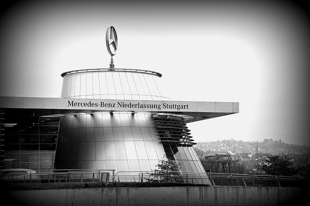 architecture musée Mercedes Stuttgart