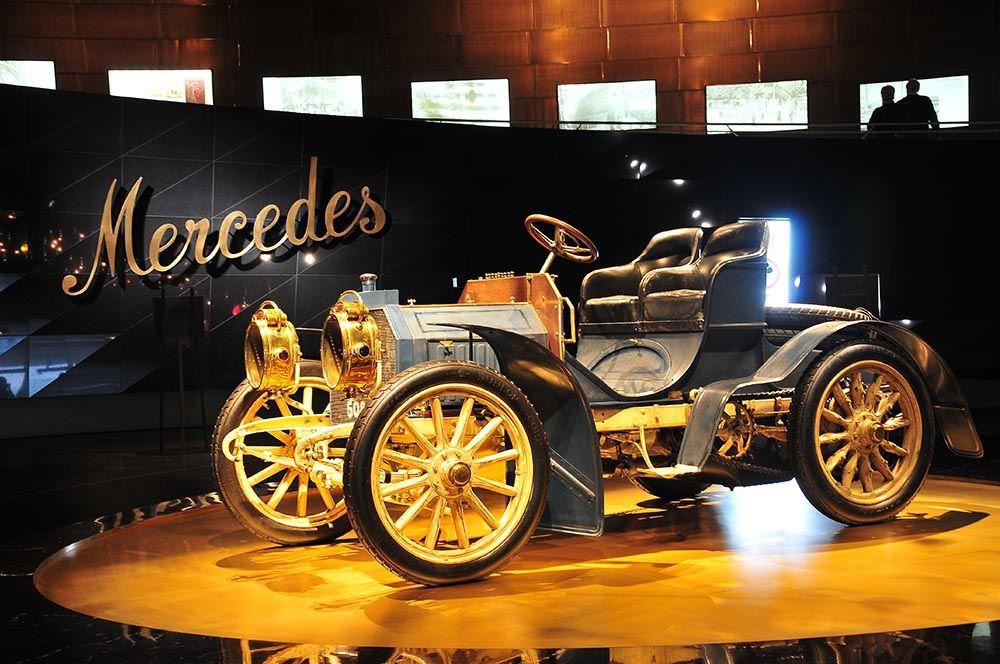 musée Mercedes Stuttgart