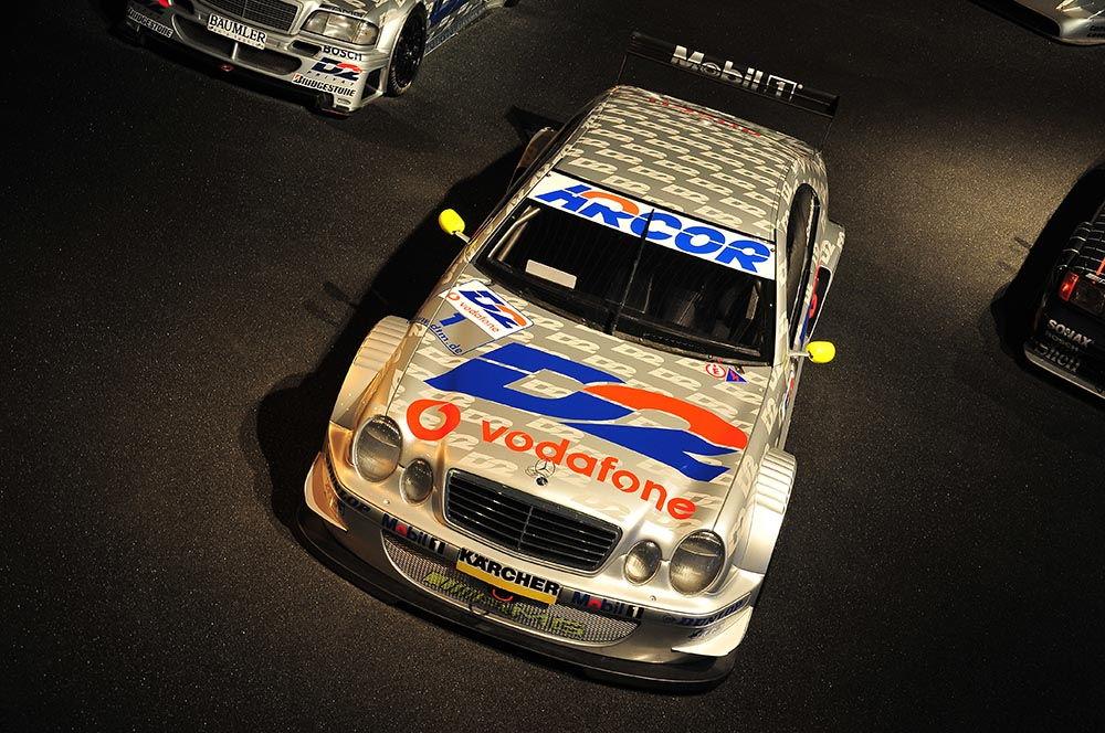 gamme de voitures de courses, musée Mercedes à Stuttgart