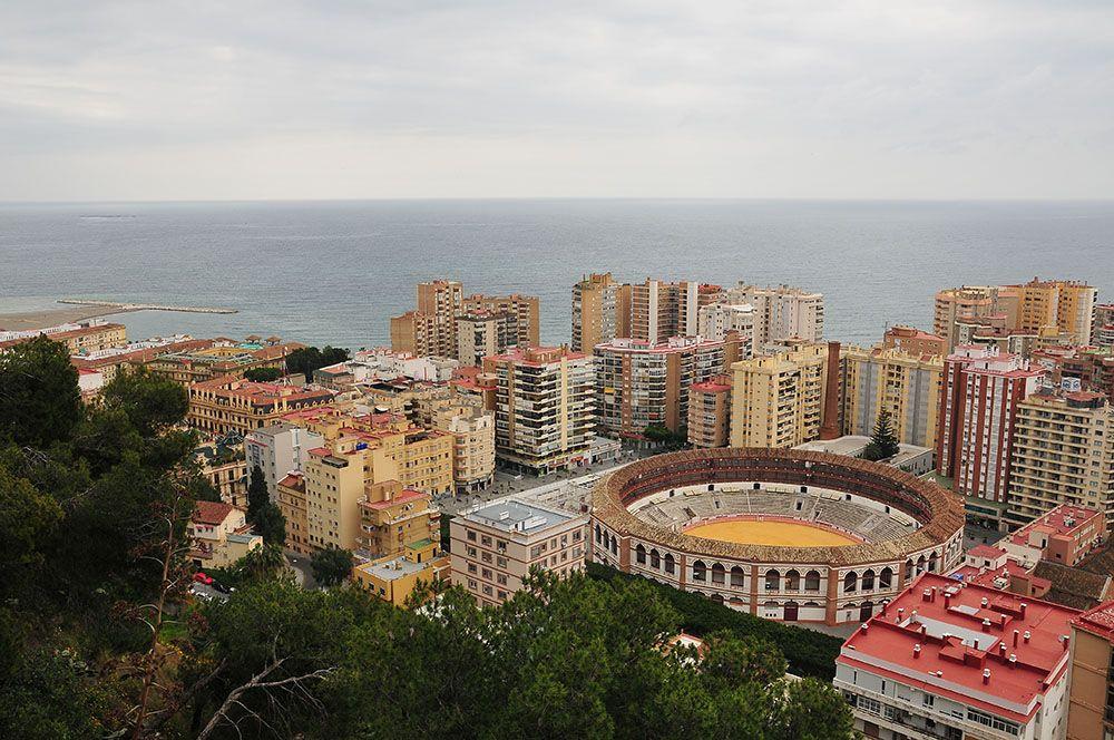 vue d'ensemble de Málaga, plaza de toros, arène