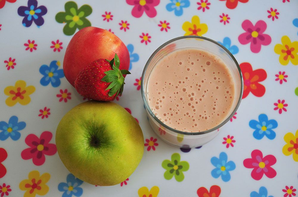 smoothie lacté fraise nectarine pomme