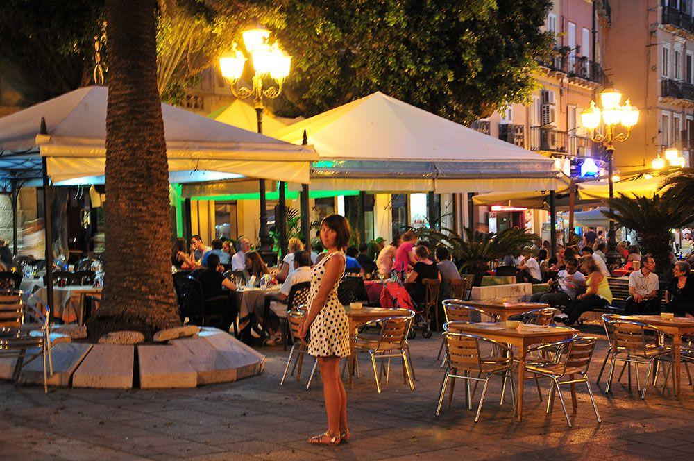 Piazza Yenne