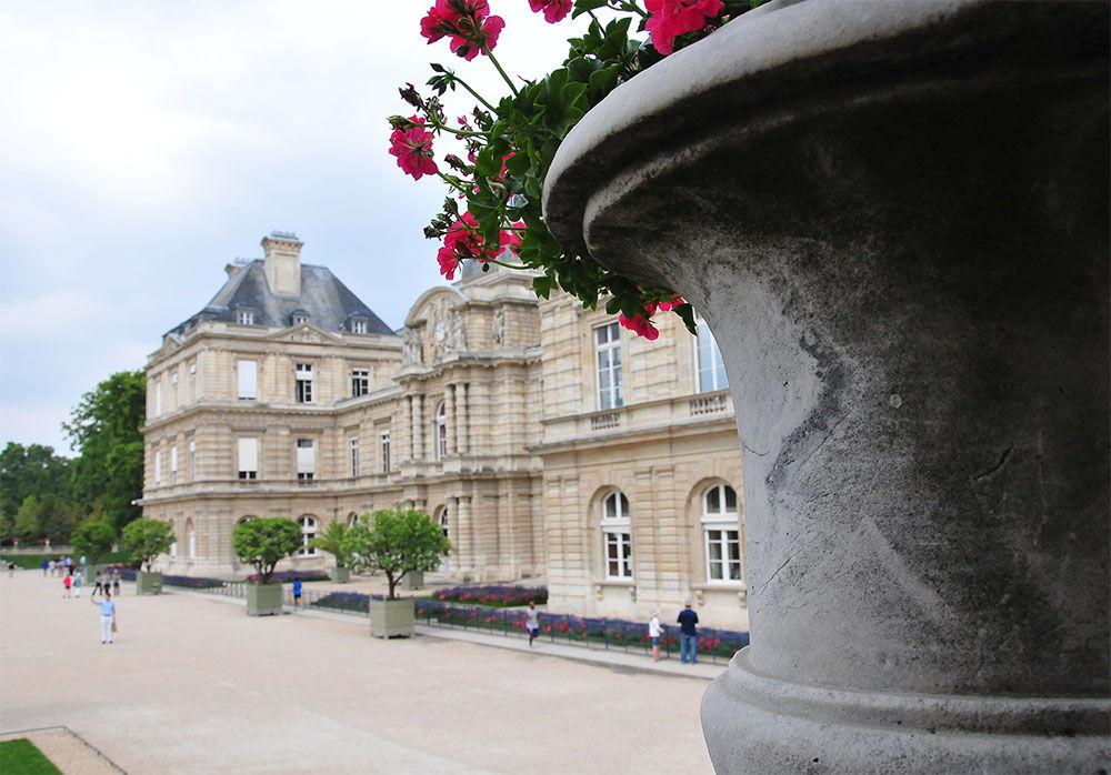 palais luxembourg, jour pluvieux