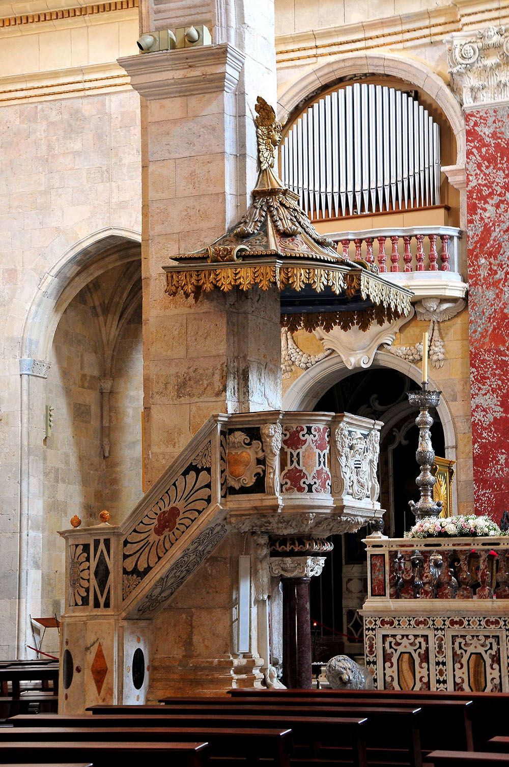 cathédrale saint maria cagliari, sardaigne