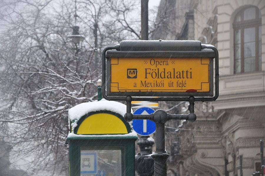 Budapest sous la neige, métro