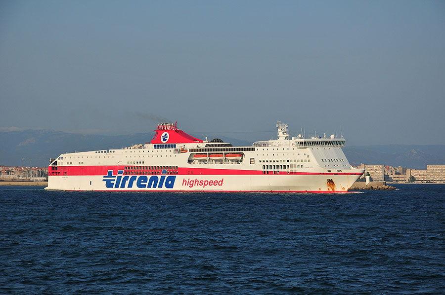 ferry vers Cagliari
