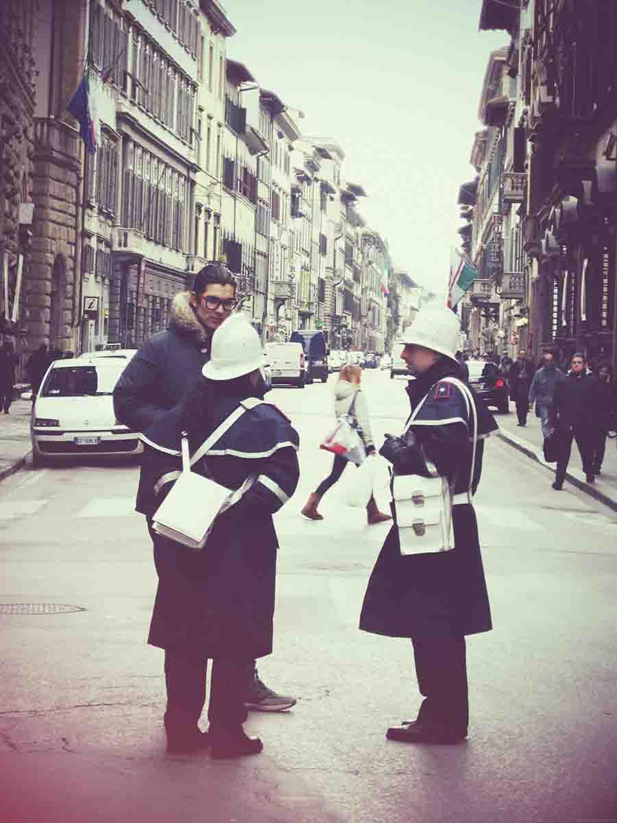florence, carabinieri