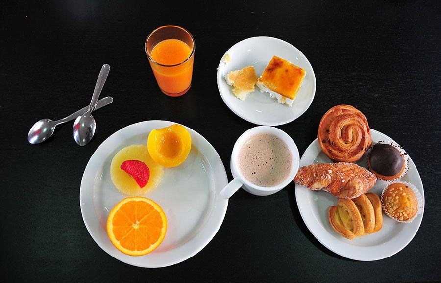 hôtel adonis, déjeuner, santa cruz, tenerife, canaries