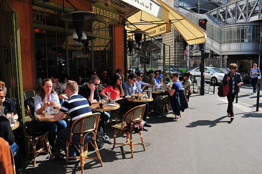 """Le café """"Le Pierrot"""", à Paris"""