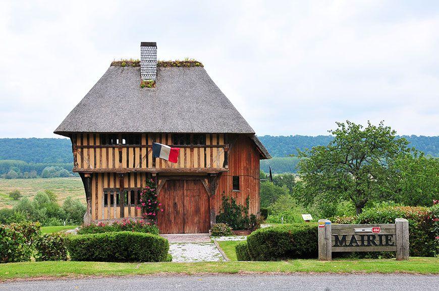 mairie de Saint-Sulpice-de-Grimbouville
