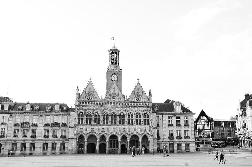 hôtel de ville saint-quentin