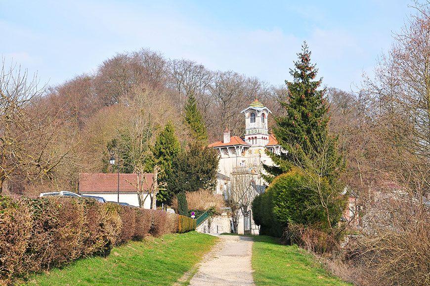 pierrefonds village