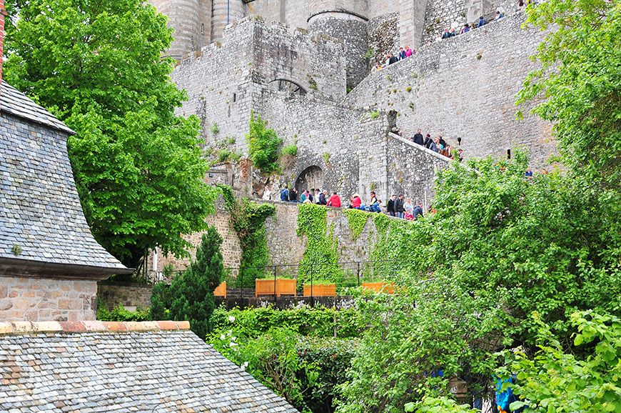 mont saint michel queue abbaye