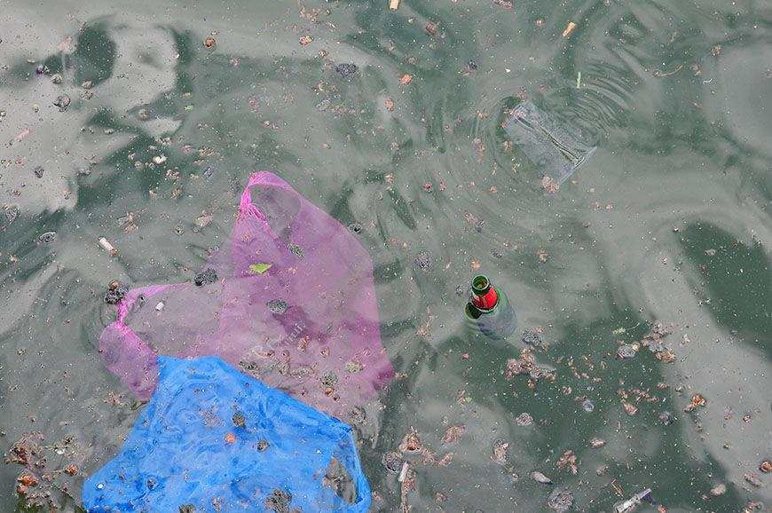 déchets canal saint martin