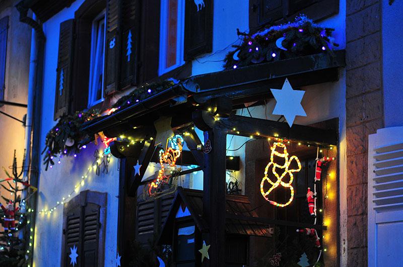 marché de Noël dans le village de la Petite-Pierre en Alsace
