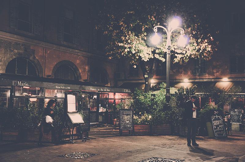 balade de nuit dans les rues de marseille