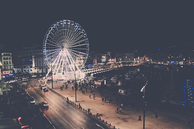 vue sur le vieux port de nuit