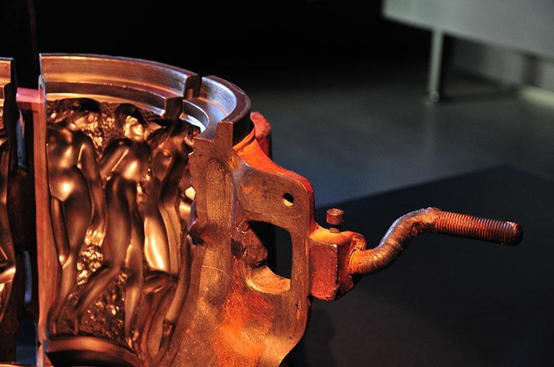 Visite du musée Lalique à Wingen-sur-Moder, dans le pays deVisite du musée Lalique à Wingen-sur-Moder, dans le pays de la Petite-Pierre la Petite-Pierre