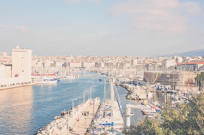 vue sur le vieux port depuis le pharo