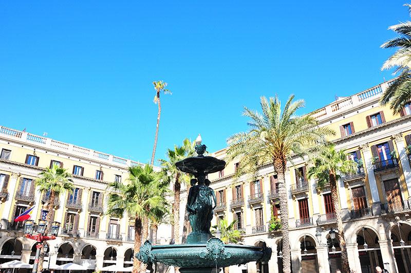 plaça-reial-barcelone (3)