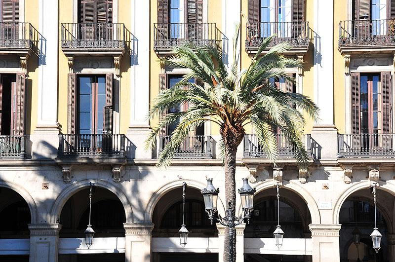 plaça-reial-barcelone (4)