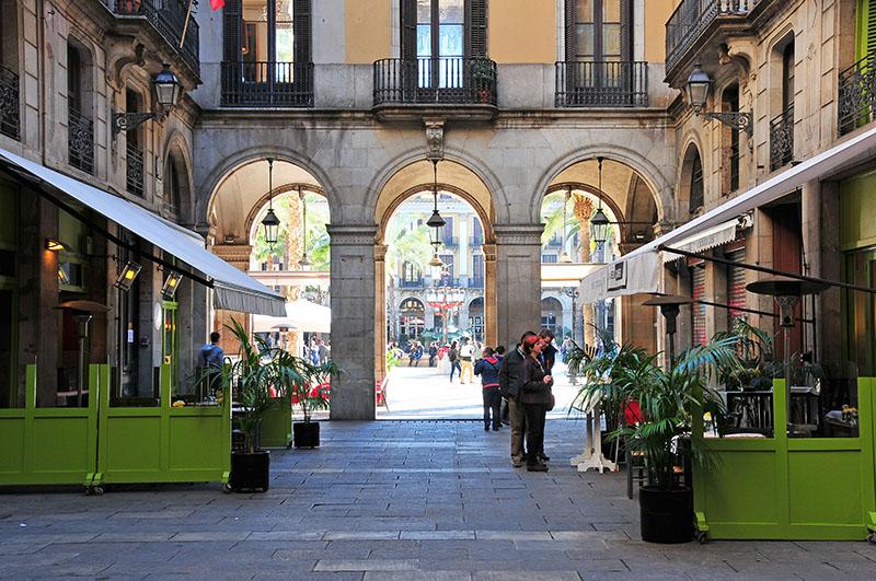 plaça-reial-barcelone (5)