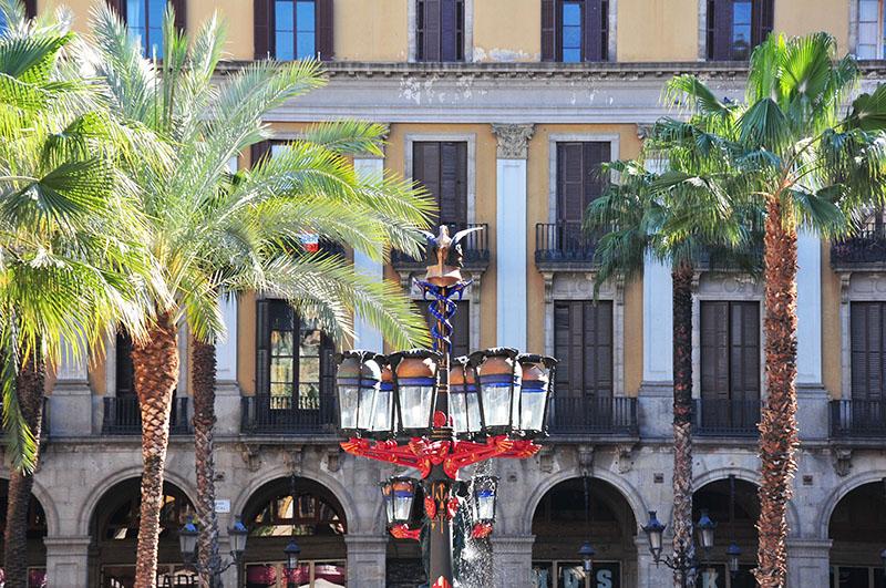 plaça-reial-barcelone (7)