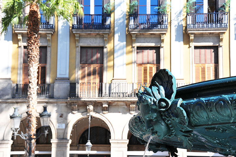 plaça-reial-barcelone (9)