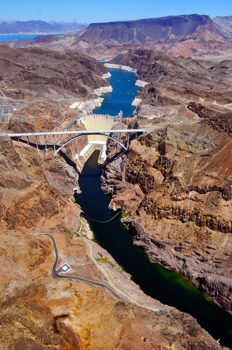 Vue du Barrage depuis l'hélicoptère nous menant à Las Vegas.