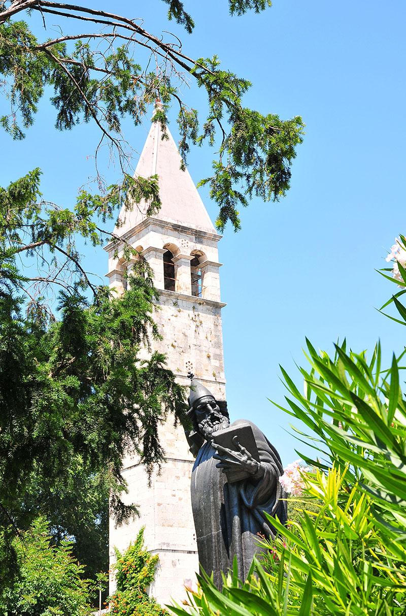 statue de Grégoire de Nin, porte d'or, split