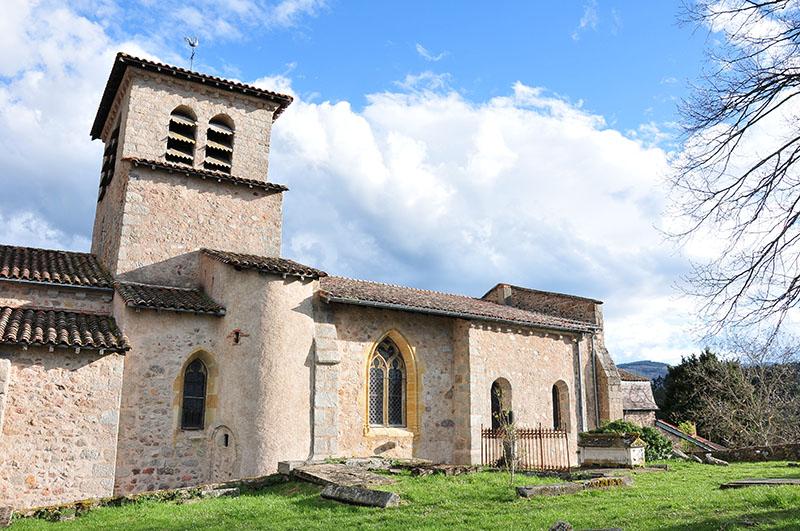 saint-haon-le-châtel, village de caractère dans le roannais, église
