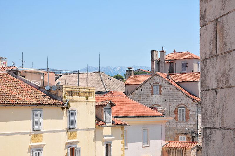 vue sur split depuis le campanile de la cathédrale saint domnius