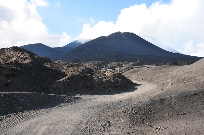 itinéraire d'un road-trip en sicile, etna à pieds
