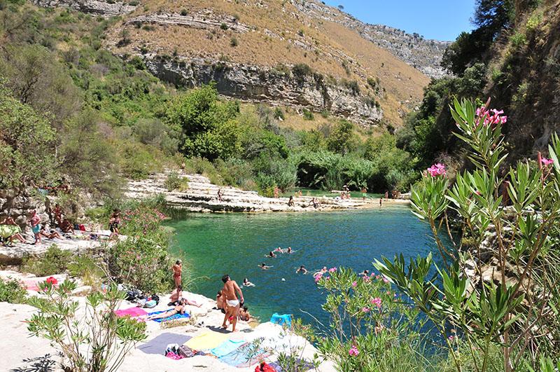 itinéraire d'un road-trip en sicile, randonné cava grande del cassibile et piscines naturelles
