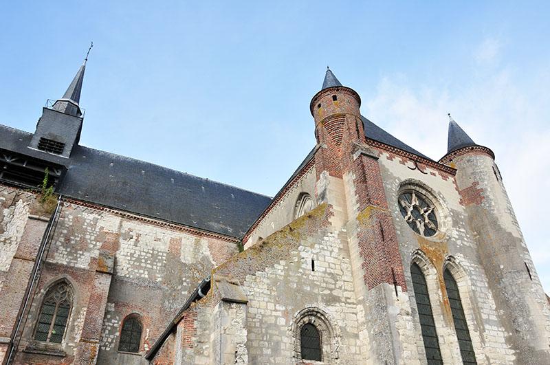 route des églises fortifiées, thiérache, montcornet