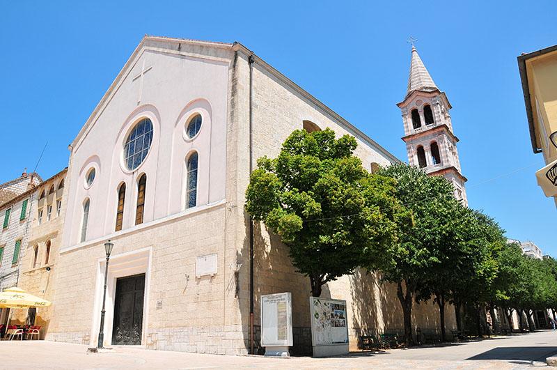église de la vierge miraculeuse sinj, croatie