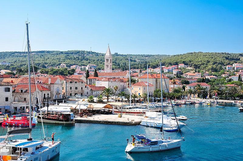 brac, port de supetar, croatie