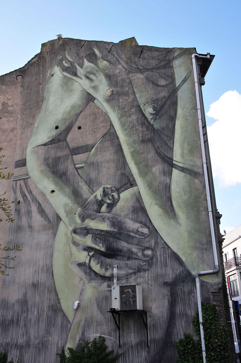 festival street-art à Ostende: le crystal ship