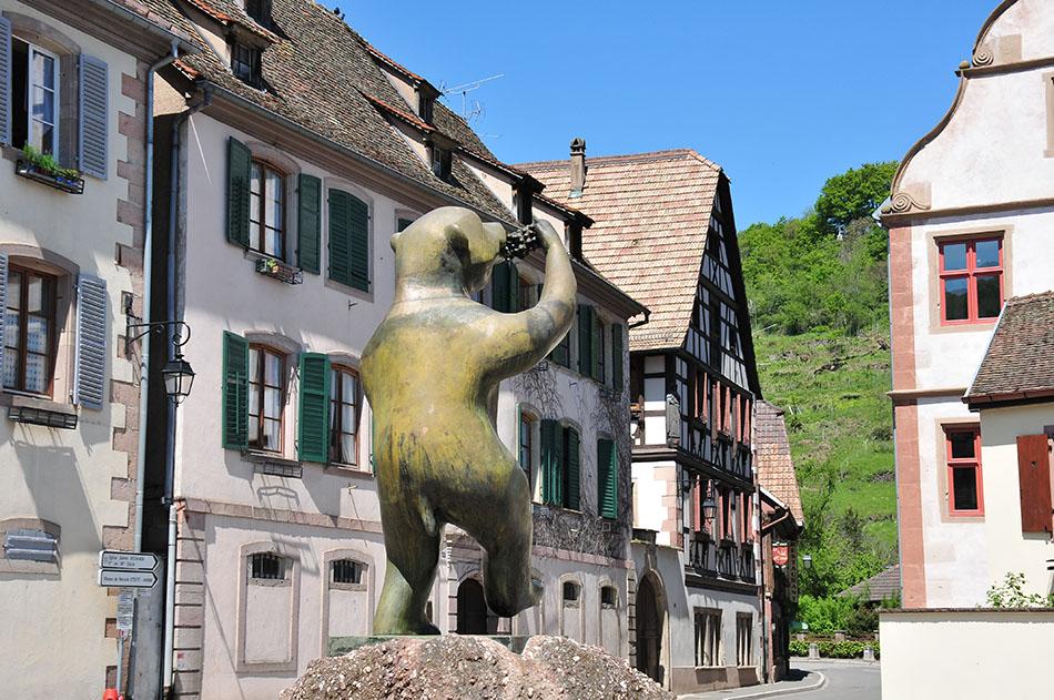 week-end dans le hohwald: pause à andlau, deuxième village préféré des français, en alsace