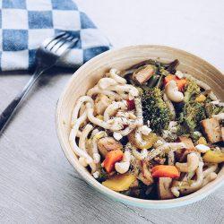 recette: wok de légumes tofu et nouilles au multicuiseur moulinex