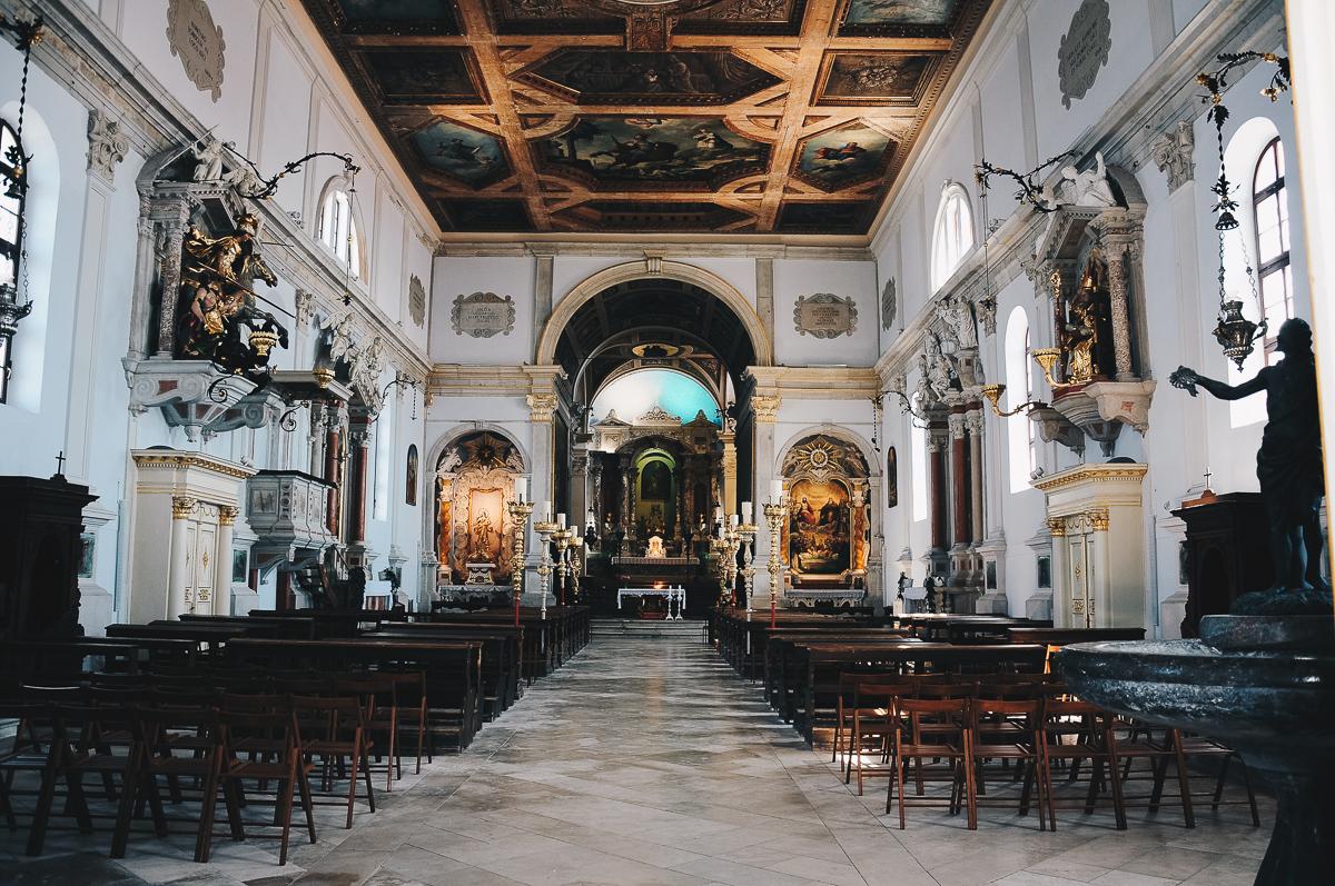 road-trip en slovénie, visite de piran, église
