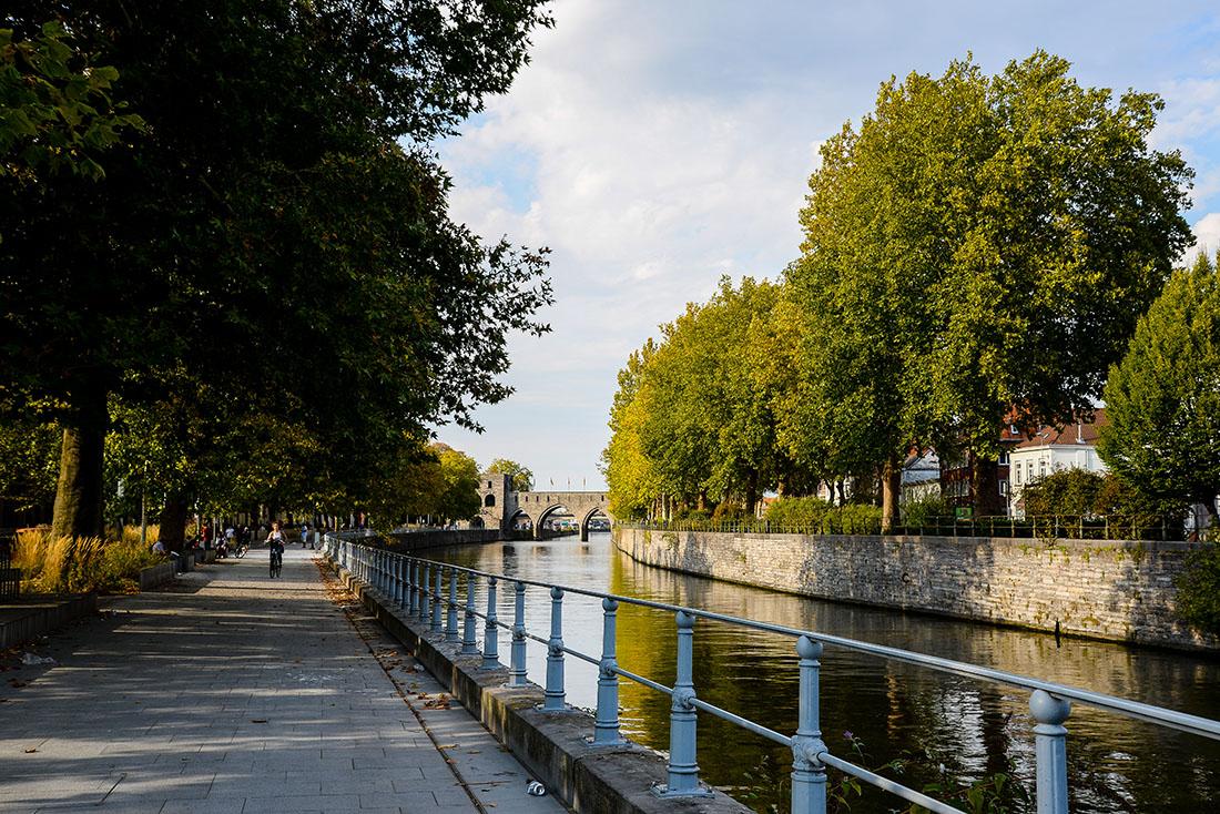 balade sur les rives de l'Escaut, Tournai, belgique