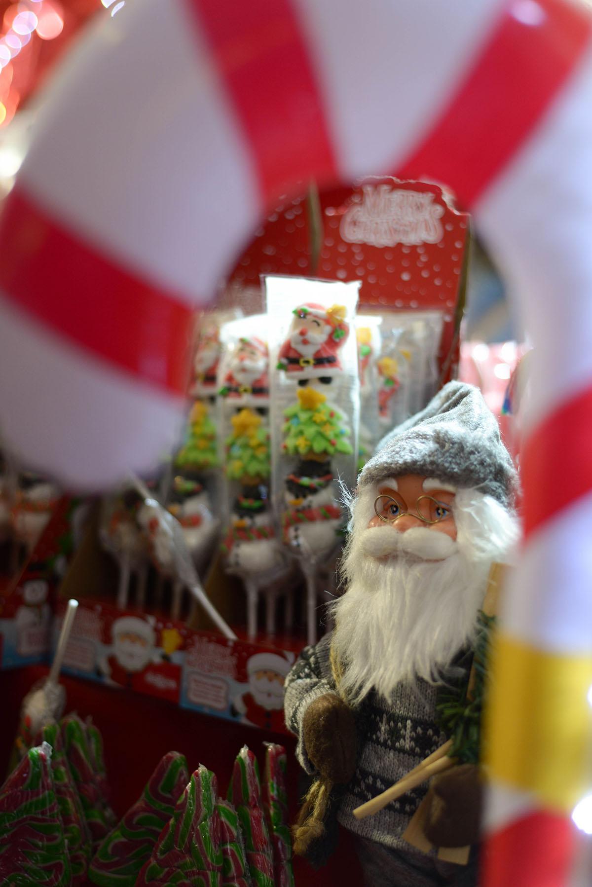 visiter le marché de Noël d'Arras, Pas-de-Calais, Hauts de France, père noël