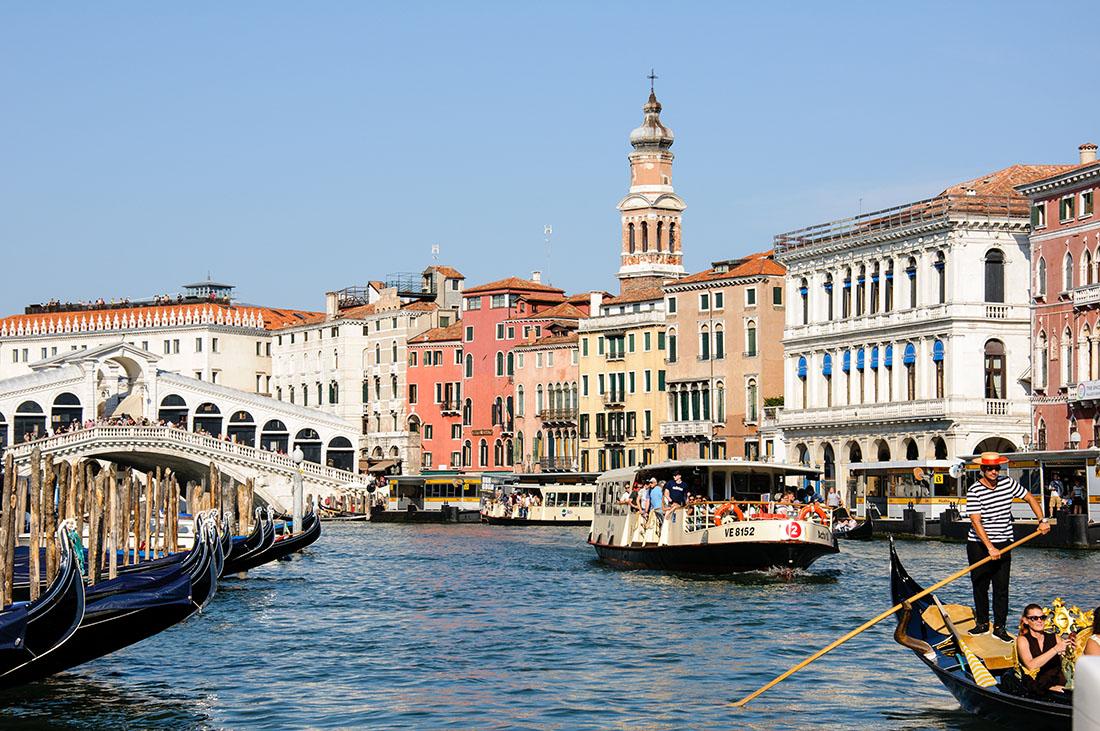 grand canal, venise , gondoles