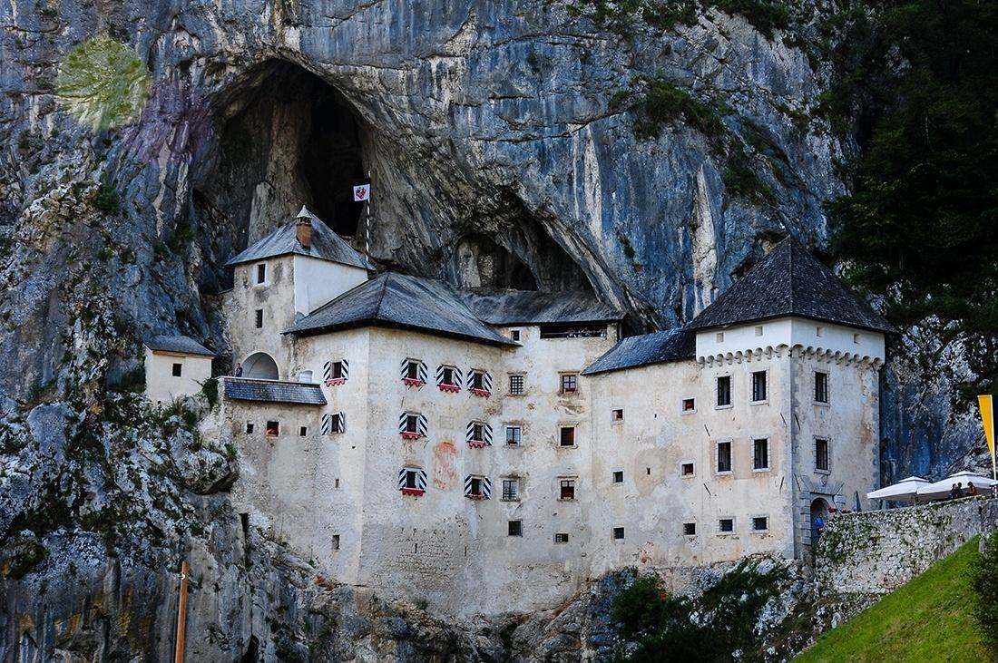 chateau de predjama, choses à faire en slovenie