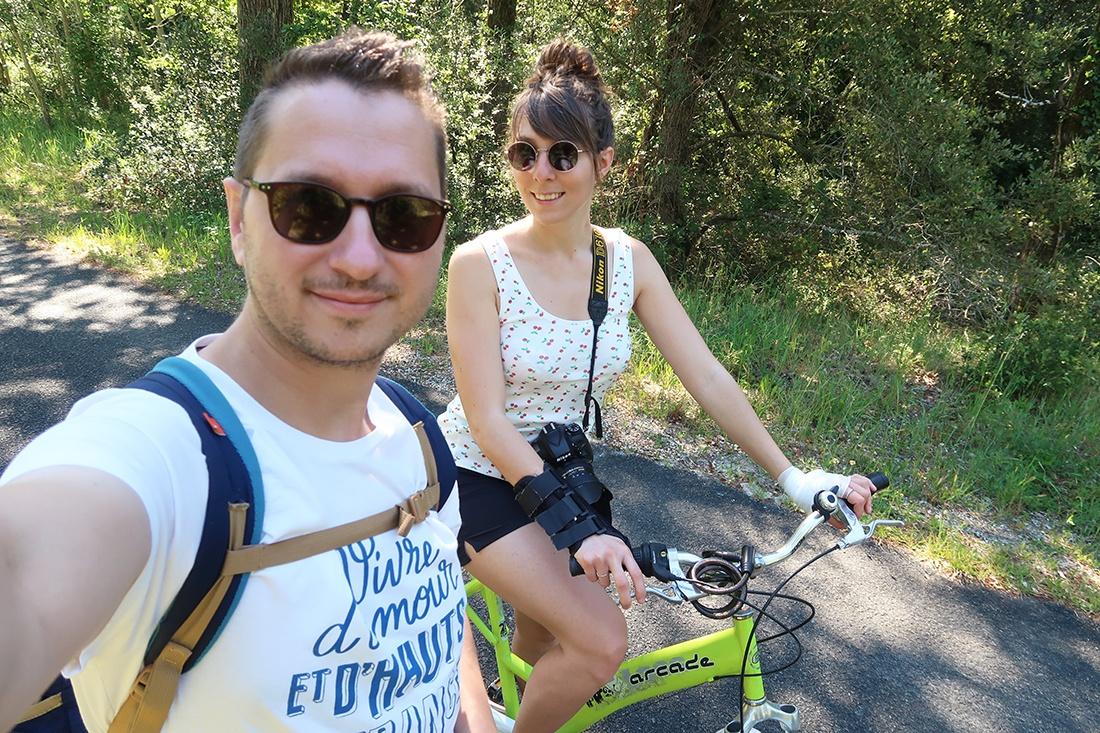 vélo dans la forêt de la coubre