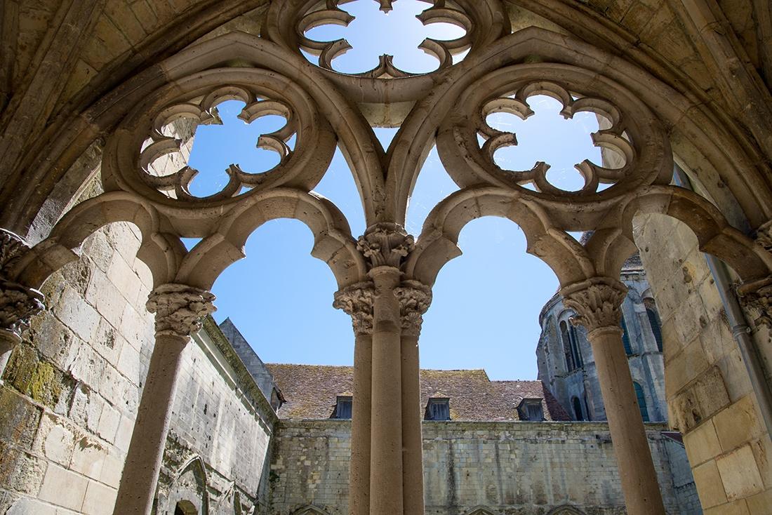 cloître de la cathédrale de Noyon