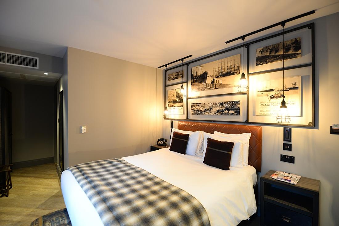 nuit à l'hôtel Indigo, Cardiff